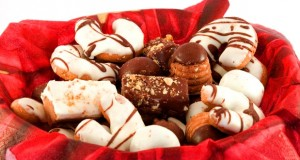Top 5 Commercial Food/Drink Items ONLY Available at Christmas time